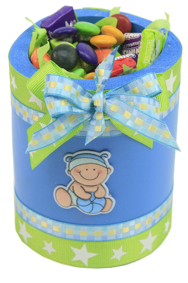 Bote / cubre lata de fomi azul con dulces para Baby Shower
