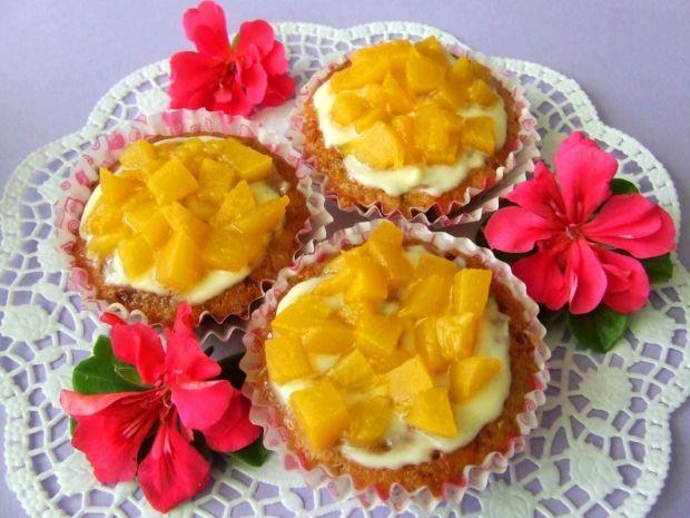Owsiane muffinki z brzoskwiniami. Smakują wyśmienicie!