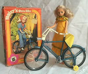 VINTAGE RARE MARY QUANT DAISY DOLL BIKE BICYCLE EXCELLENT CONDITION BOXED - NEWCASTLE UPON TYNE, Tyne and Wear, United Kingdom Returns accepted - NEWCASTLE UPON TYNE, Tyne and Wear, United Kingdom