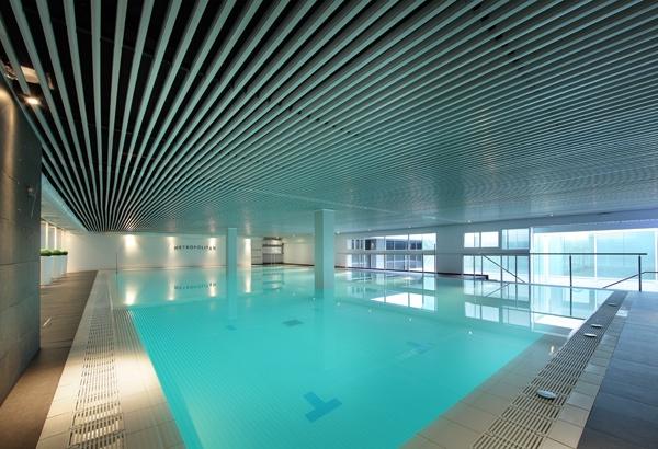 Mejores 14 im genes de metropolitan sevilla en pinterest for Gimnasio piscina sevilla