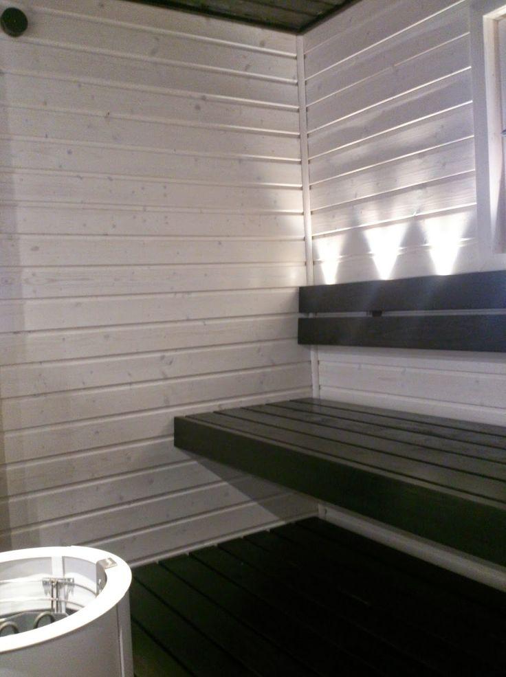 Moderni valkoinen koti: Meidän uusi sauna