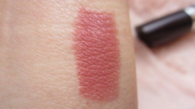 #Rimmel #LastingFinish #Lipstick #Asia #review #price and details on the blog  #swatch