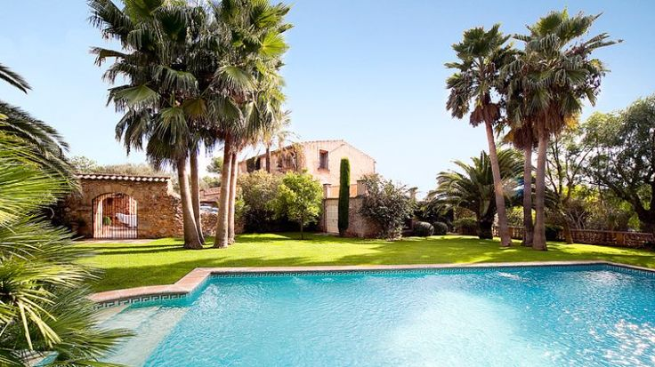 First class country estate with historic character in Pina