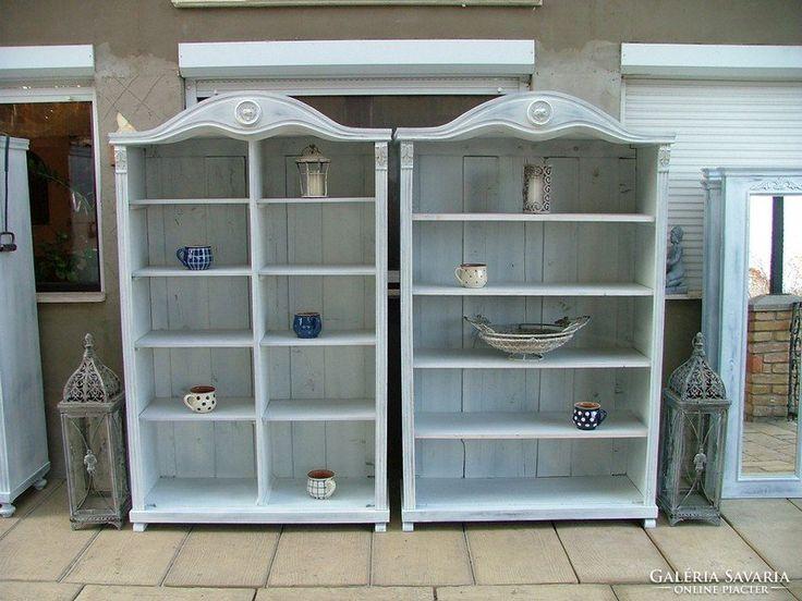 Provence bútor, könyves szekrény 10. osztott polcos.