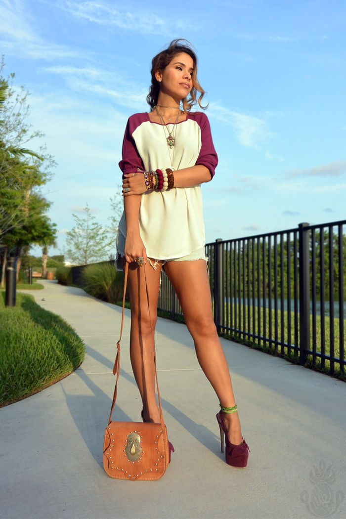 baseball shirt, boho chic, burgundy, gap, jean shorts, maternity fashion, matern… – PINEAPPLEME LOOKS