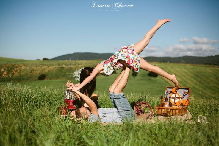 Laura Chacón Photography www.laurachacon.es Fotografía de bodas Wedding photographer  preboda / engagement / decoración / picnic