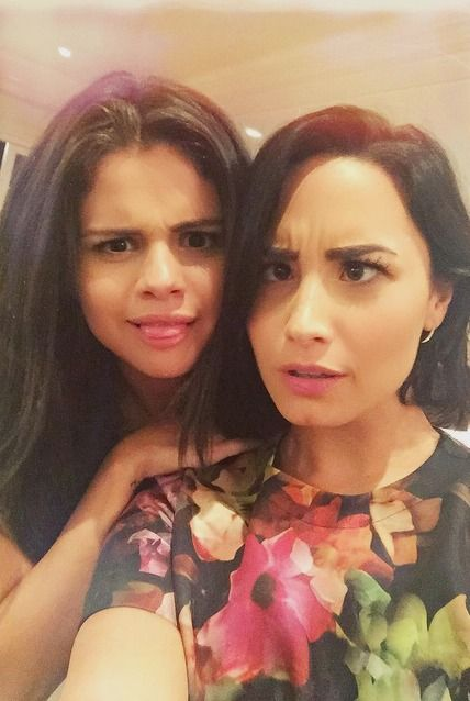 Demi Lovato and Selena Gomez's Selfie Proves They're Still BFFs 16 Years Later