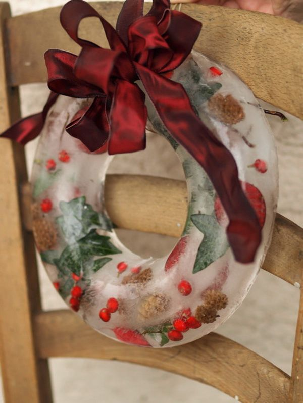56 best recycled christmas images on pinterest christmas for Recycled centerpiece ideas