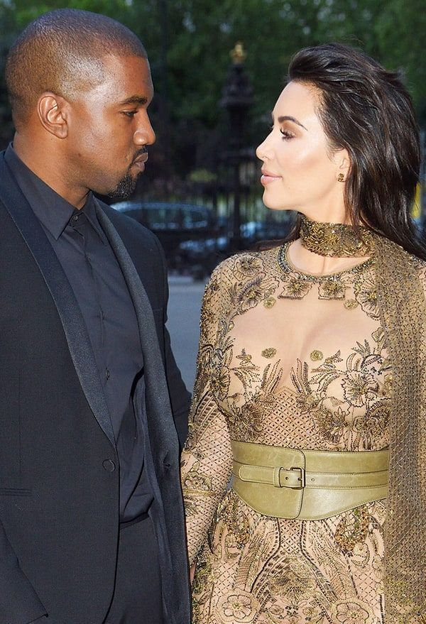 Kim Kardashian Talks Astrology Signs Kanye West And I Are On The Same Wavelength Kim And Kanye Kim Kardashian Kim Kardashian Kanye West