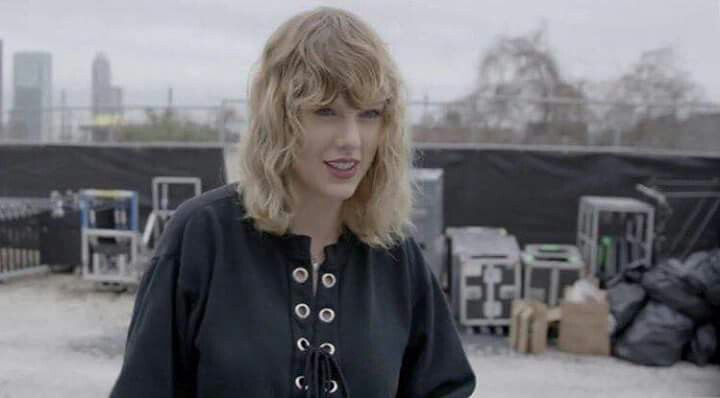 Taylor checking out the venue for the first time during the Houston show! New BTS stills from Taylor Swift NOW!