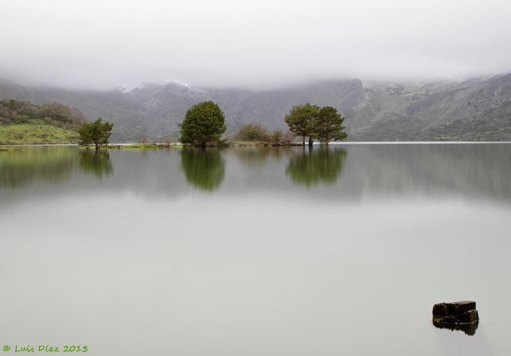 Riaño con niebla #CastillayLeon #Spain #picosdeeuropa