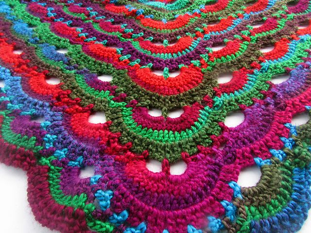 Crochet Virus Shawl Pattern : Ravelry: Virus shawl / Virustuch pattern by Julia Marquardt