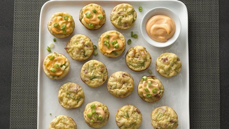 A perfect party treat, these tasty little puffs have a little kick of heat you will enjoy with the Sriracha Mayonnaise topping.