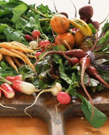 5 Simple Ways To Have A More Eco-Friendly Thanksgiving: Winter Food, Chicken Soups, Food Study, Roots Vegetables, Food Yogacollectivenyccom, Healthy Food, Beets Thumbnail, Roots Cellar, Carrots Juice