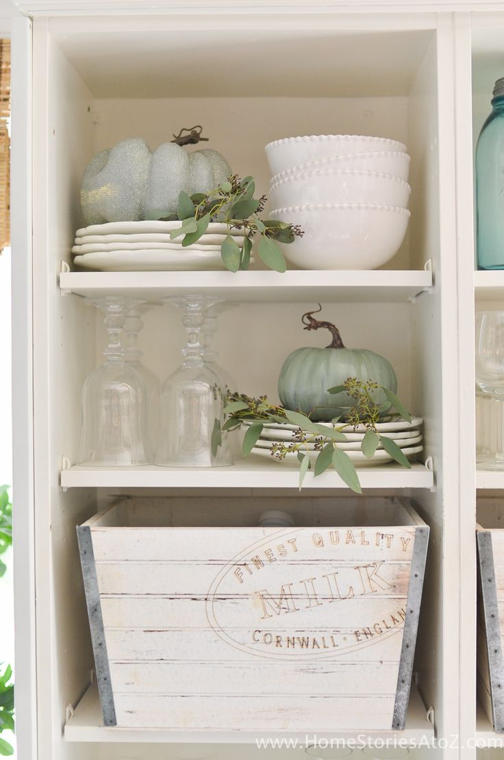 How to paint a vintage buffet home stories a to z - Diy Home Decor Fall Home Tour