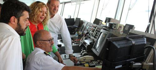 La naviera Balearia inaugura en Motril su nueva línea rápida con Melilla