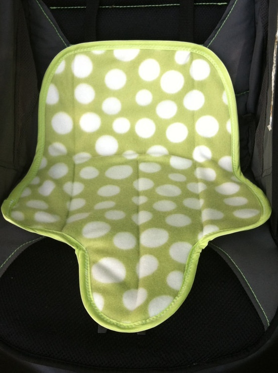 Potty Training Must Have! Toddler Waterproof Carseat Pad . . . hummm, maybe make with vinyl back table cloth???