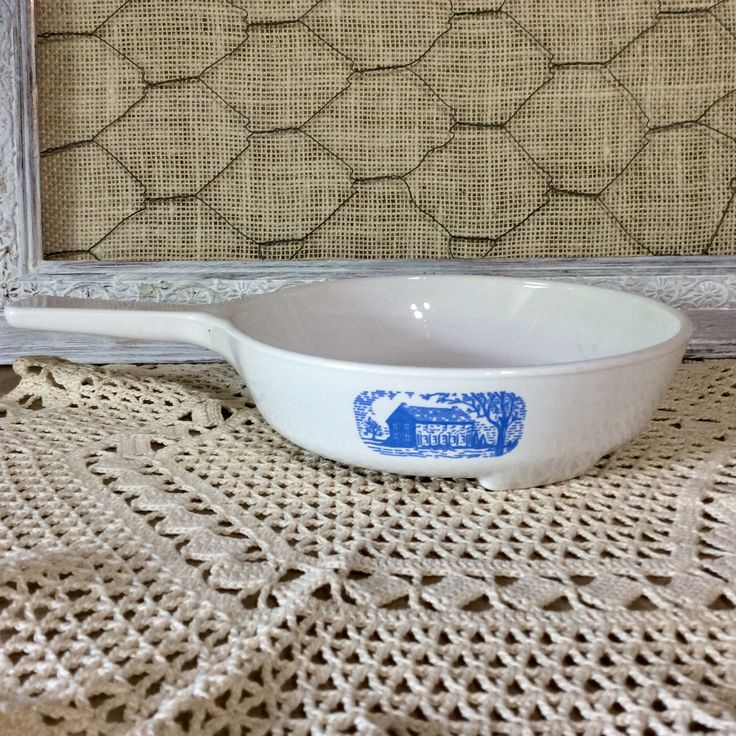 """Vintage 1970s Corning Ware Rare Blue Colonial House Browning Skillet MW-83-B, White Microwave Browning Dish - Blue Colonial House 7"""" Skillet by CottonTopVintage on Etsy"""