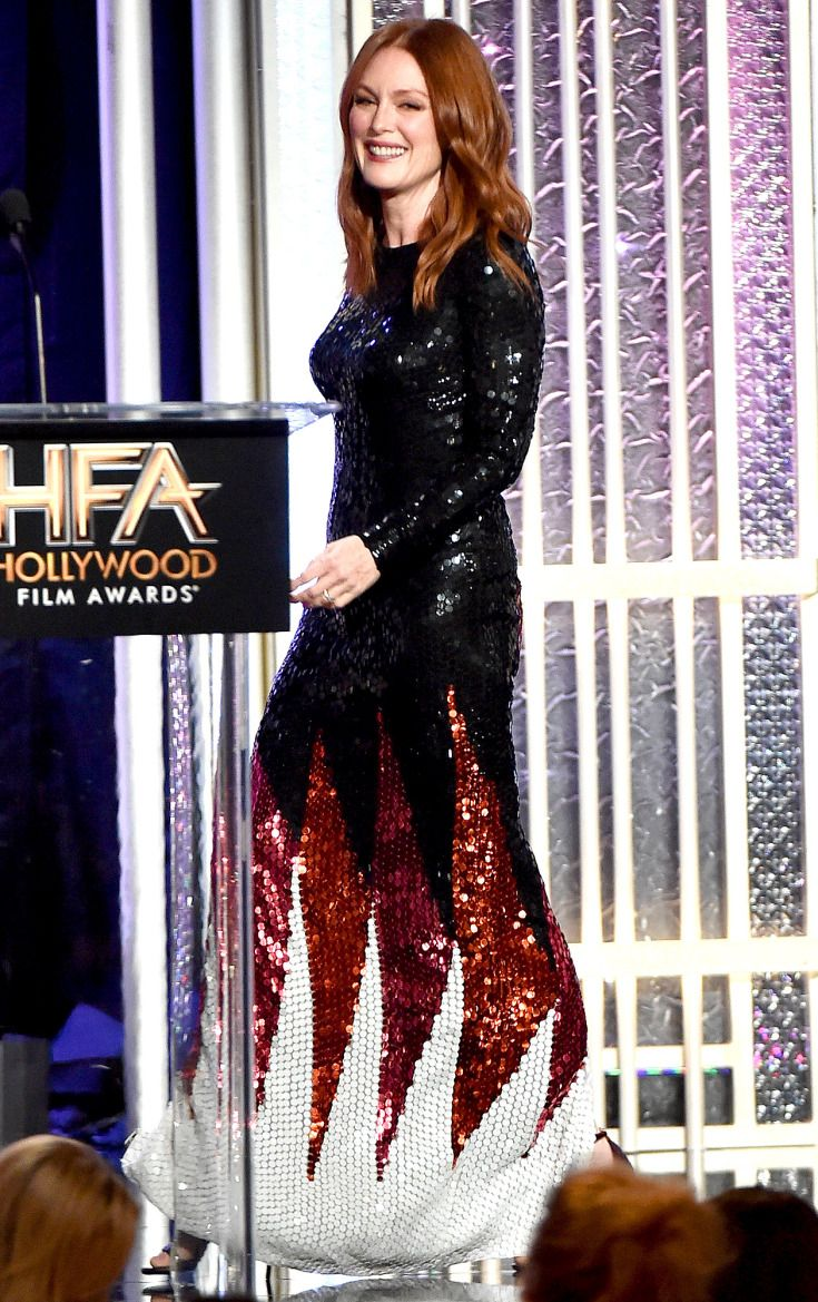 Fashion designer tom ford at the hollywood something or other awards - Julianne Moore In Tom Ford