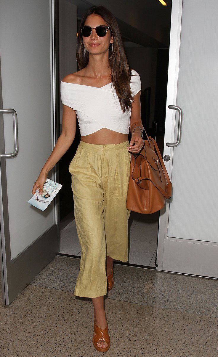 To pull off a cropped silhouette, take cues from Lily Aldridge and pair pants with a sleek top