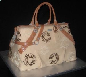 Coach-purse-cake