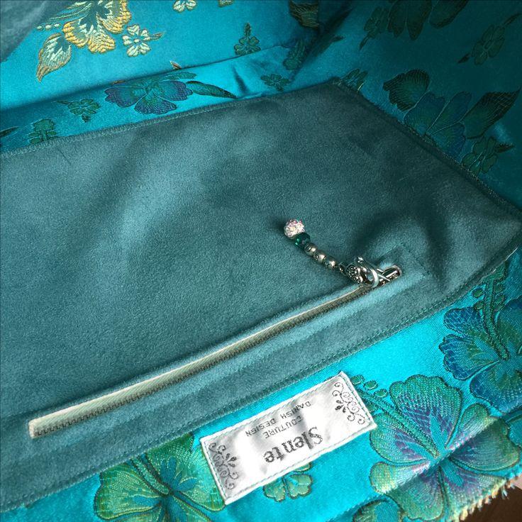 Large zipped pocket inside