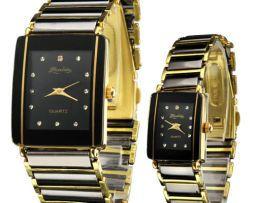 Súprava hodiniek je vhodná pre manželský pár alebo priateľov