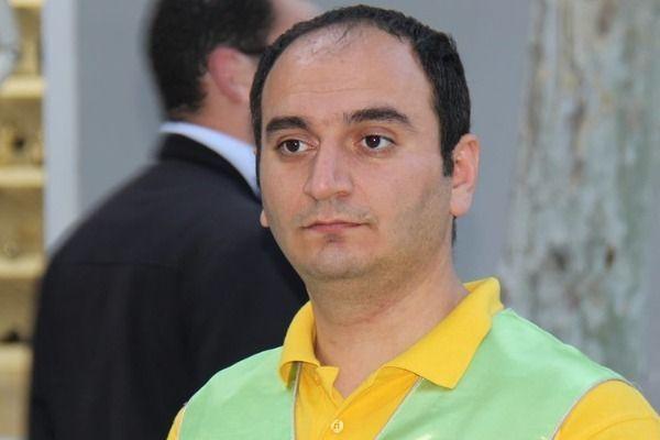 Dunya Az Com Jurnalist əziz Orucov Azadliga Cixdi Partnership Individuality Chanel