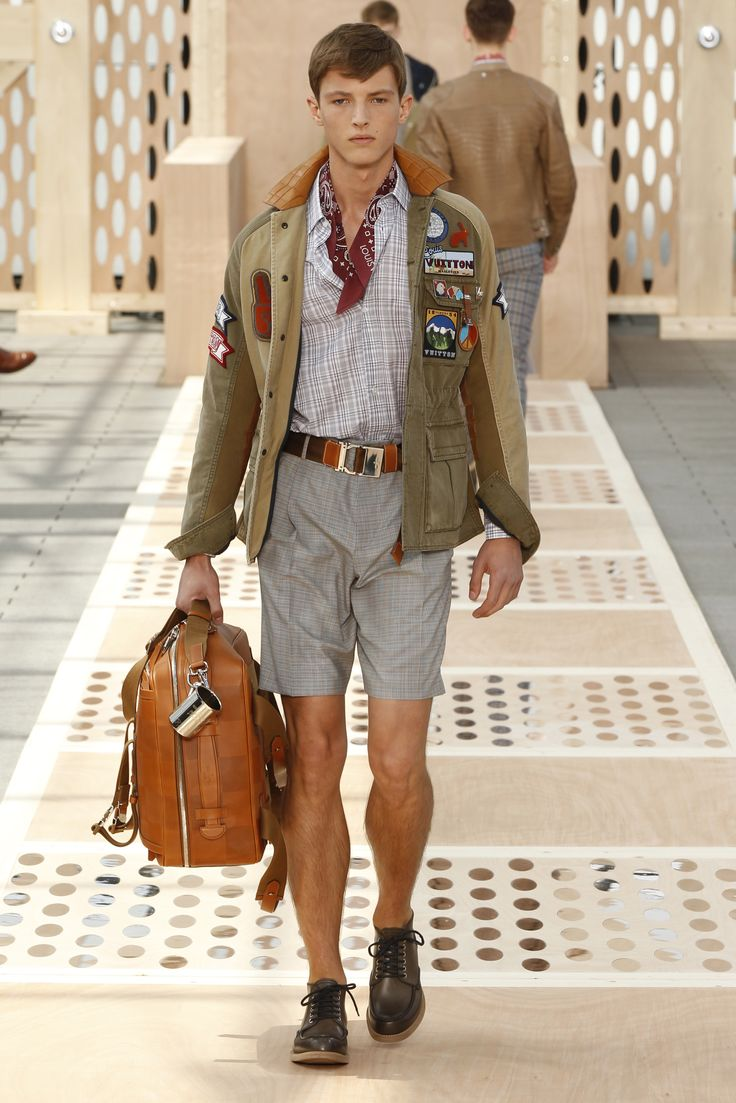 Look 25 from the Louis Vuitton Men's Spring/Summer 2014 Fashion Show. ©Louis Vuitton / Ludwig Bonnet