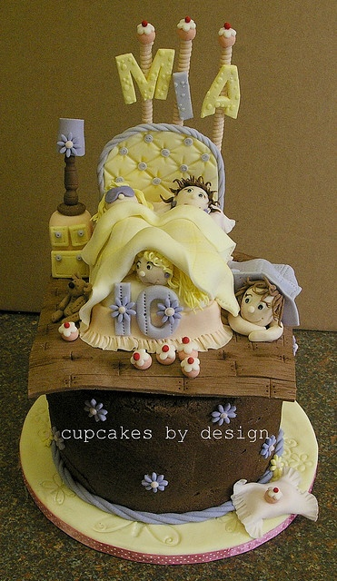 Sleepover cake for Mia by ♥Dot Klerck....♥, via Flickr