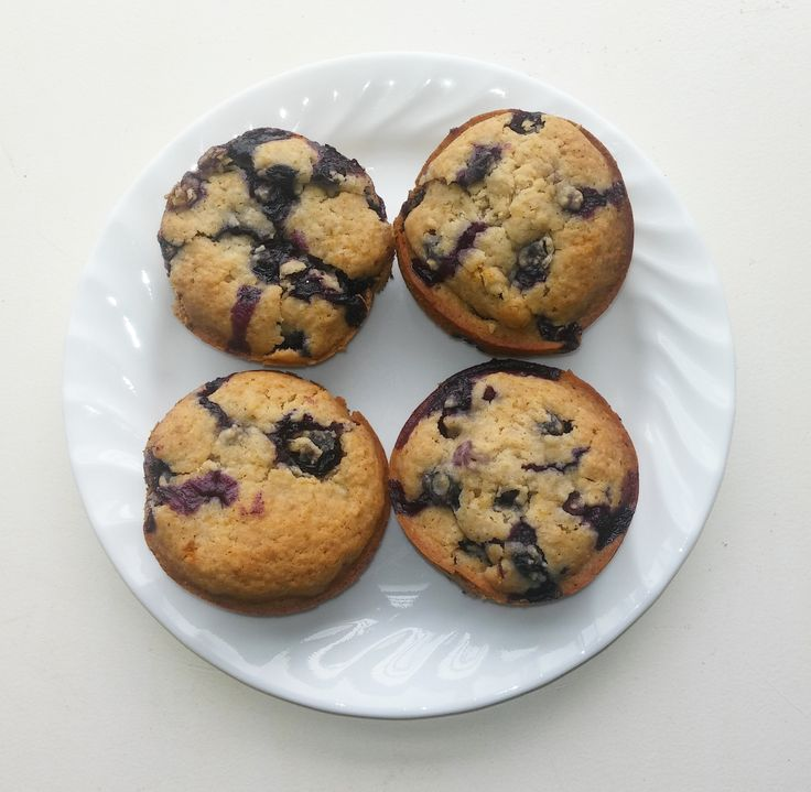 The Country Vegan: Blueberry Muffins
