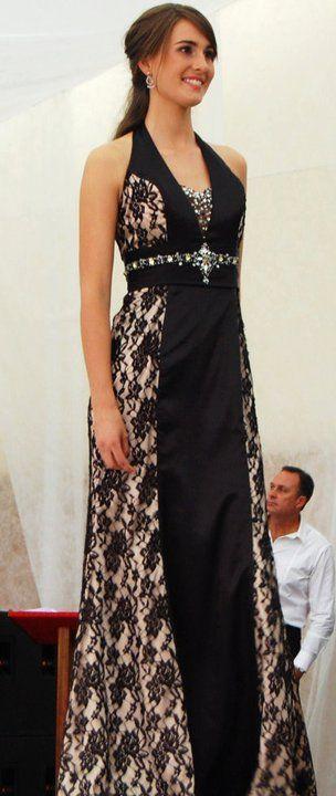 Julia in a vintage #ScarlettFashion #matricdress down the runway! <3 #matric2015 #misspv