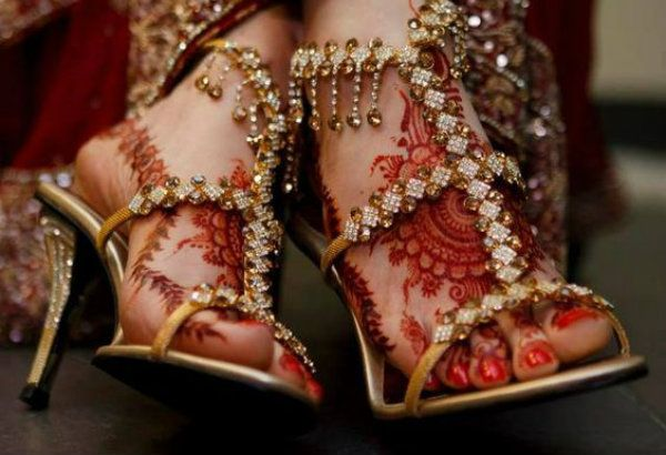 Fullonwedding - Bridal Accessories - 10 Bridal Shoes That Will Make You Drool - Stone Heels Indian