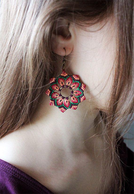 Flower Handmade Earrings Mandala Macrame par KnottedWorld sur Etsy