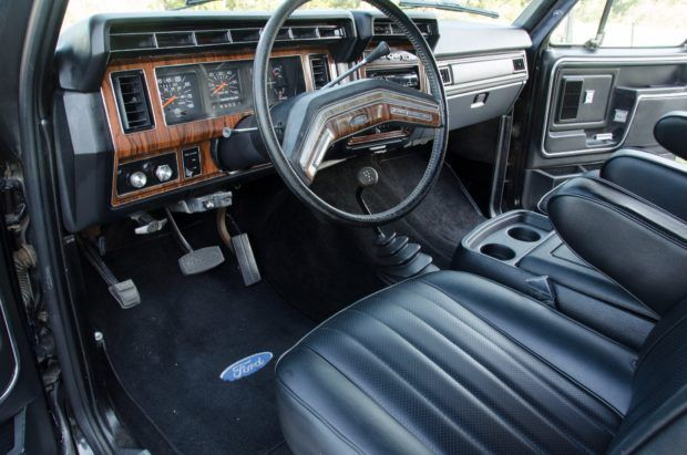 Buying Classic Chevy Trucks Popular Vintage In 2020 Ford Trucks Ford Bronco Bronco