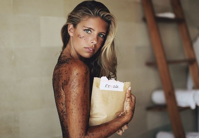 frank coffee scrub | I SWEAR by this body scrub. Diminishes scars, stretch marks, cellulite & skin conditions. Kudos, to their marketing department.