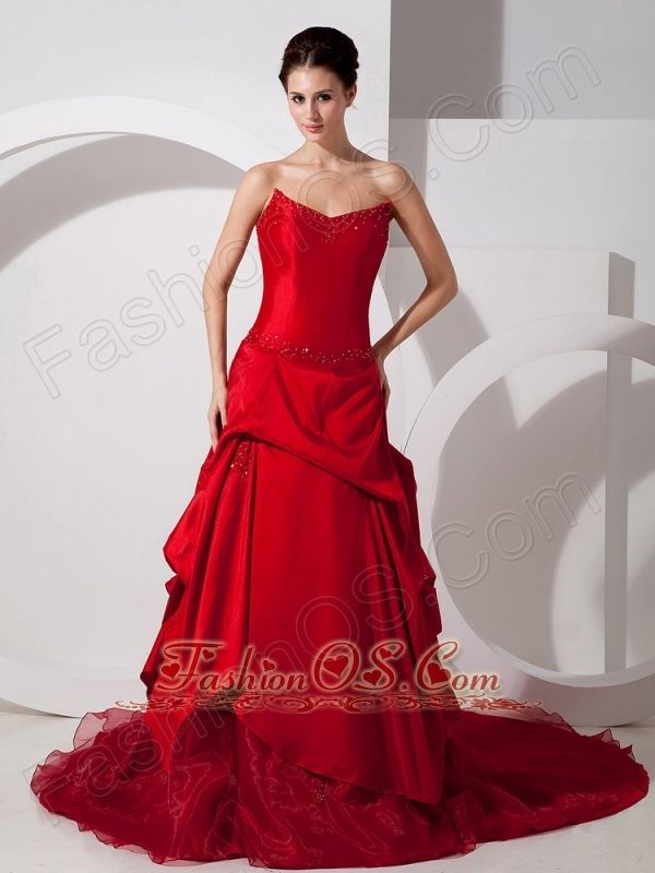 Customize Red A-line Strapless Wedding Dress Court Train Taffeta and Organza Appliques- $195.58    http://www.fashionos.com  http://www.facebook.com/quinceaneradress.fashionos.us  You'll be red carpet ready for your prom or formal in this sensational celebrity style evening gown! The corset dress features a gorgeous sweetheart neckline that's sure to make the most of your figure. The complemented skirt has a drapped pleated fabric overlay to add its overal fullness.
