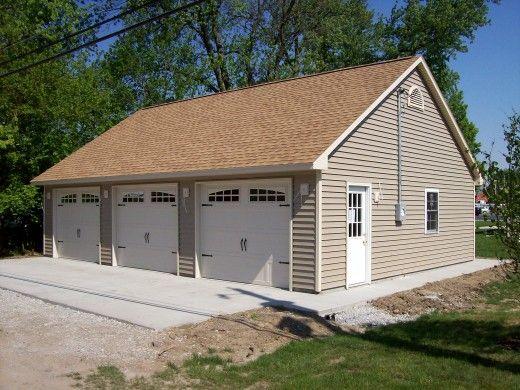Best 25 3 car garage ideas on pinterest for Cost to build 3 car detached garage