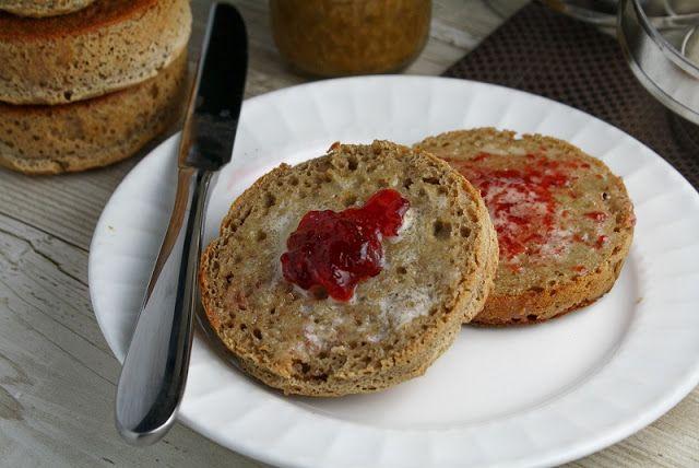easy breakfast recipes with bread,english muffins,cinnamon raisin swirl bread