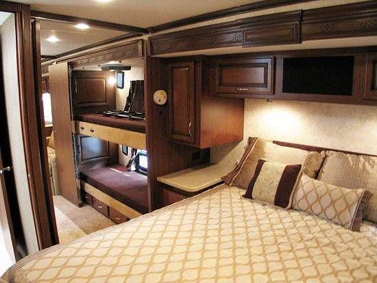 2011 Fleetwood Expedition 38B Class A