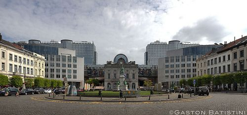 PLace du Luxembourg, statue de John Cockerill, Parlement Européen, European Parliament, Brussels , Belgium,