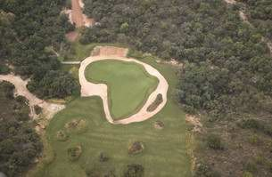 World's Most Difficult Golf Hole