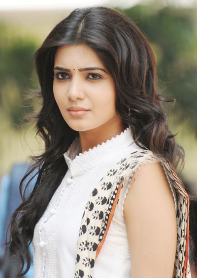 Today it happens to be birthday of heroine Samantha and she's all out on twitter talking about the good things, wishes and the love of fans. Also Samantha's fans made sure that the hash tag #HBDSamantha will trend nation wide today.Read More........