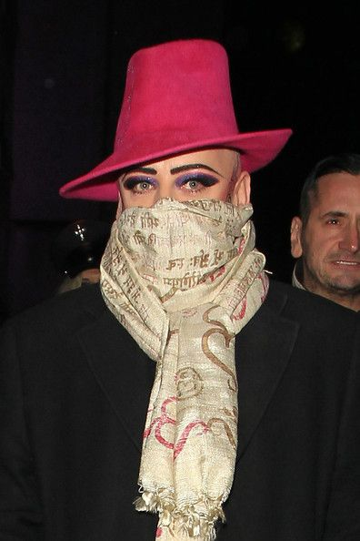 120 Best Images About Scarf Style Icons On Pinterest Jared Leto Bandanas And Alexa Chung