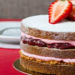 Strawberry Peanut Butter Cake // Fuel your passion with more recipes at www.pregelrecipes.com