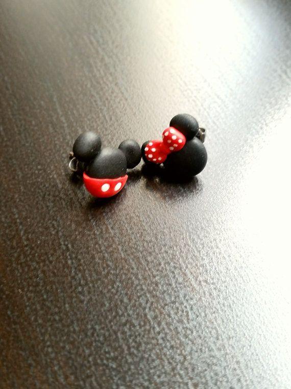 c4de798544b5 Mickey mouse y Minnie Stud o pendientes magnéticos inspirados en Disney.  🔹Hi ...  Disney  en  inspirados  magnéticos  Mickey  Minnie  Mouse   Pendientes ...