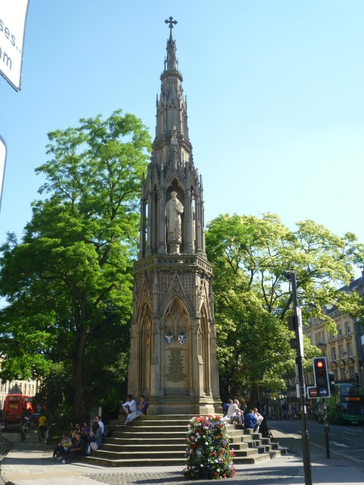 This monument, by Henry Weekes, contains the statues of Thomas Cranmer, Hugh Latimer & Nicholas Ridley. Completed in 1843 & commemorates the death of the 3 men after being tried for heresy & burned at the stake by Queen Mary Tudor after becoming queen and restoring Roman Catholicism as the country's main religion. She hated Cranmer because as Archbishop of Canterbury, he dissolved the marriage of Mary's father, Henry VIII to Catherine of Aragon, leaving her illegitimate and vulnerable.: Queen Mary, Favorite Queen
