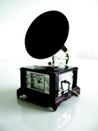 Miniature Clock: Gramophone. £20.50