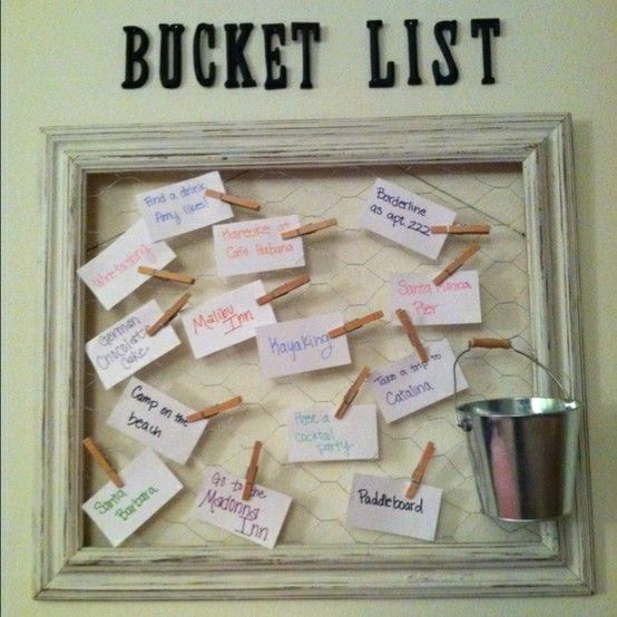 DIY bucket list board - picture frame, chicken wire, and some clothespins. When you complete one you put in the bucket! — Would be nice to write goals and things you want to try on campus up here. Gives you a good sense of accomplishment when you take one down! :)