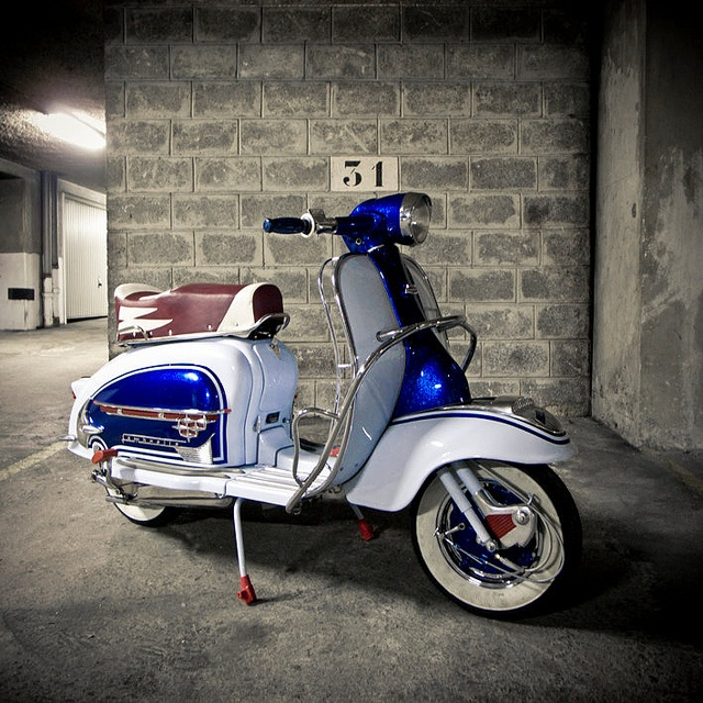 Lambretta LI125 S2 rebirth  http://www.flickr.com/photos/gboysc/sets/72157629495079032/